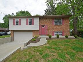 Property for sale at 254 Sinclair Court, Loveland,  OH 45140