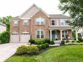 Property for sale at 112 Hunting Fields Lane, Loveland,  OH 45140